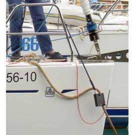 Mooring line tensioner
